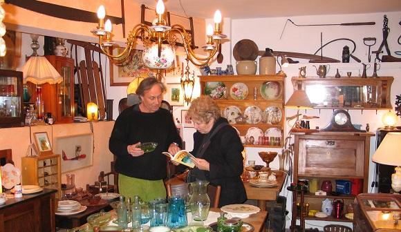 חנות עתיקות וצימרים של קלוד ובתיה ג'אנקור (צילום: רונית סבירסקי)